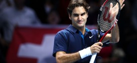 Federer beats Tsonga at World Tour Finals