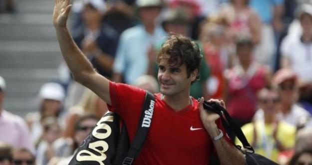 Federer def. Sela 6-3 6-2 6-2