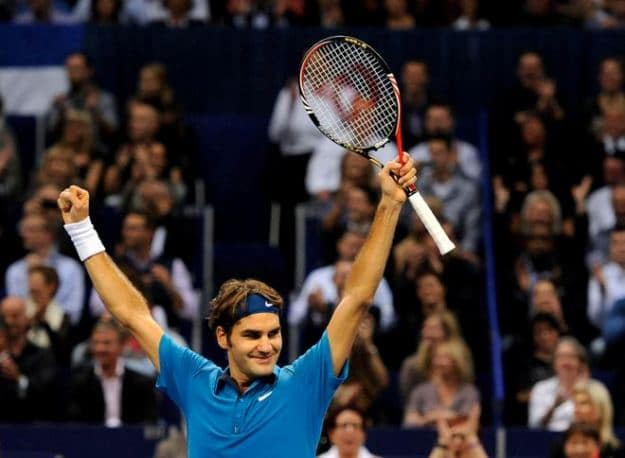 Federer wins in Basel 2011