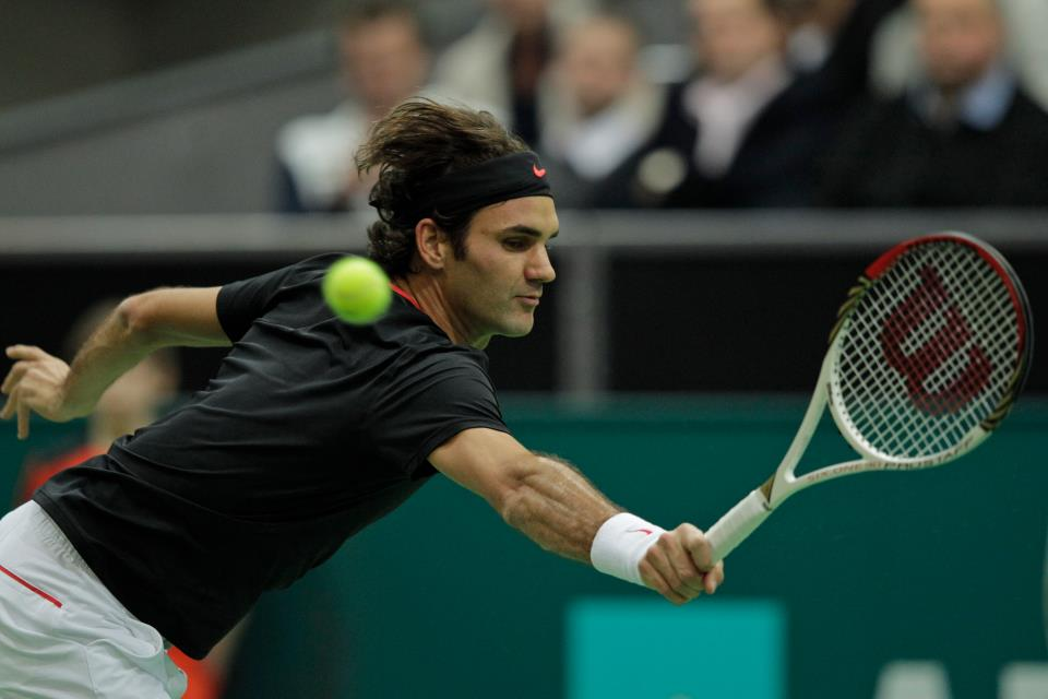 Photo of Federer shows fight to make Rotterdam Final