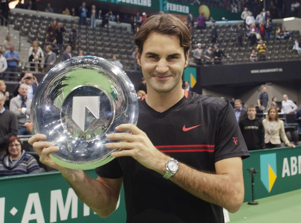 Photo of Federer rolls over Del Potro to win Rotterdam Title