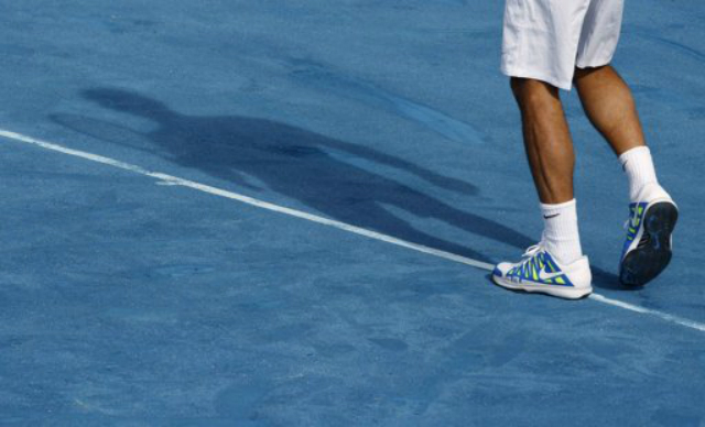 Photo of Federer fights off rust to defeat Raonic in Madrid