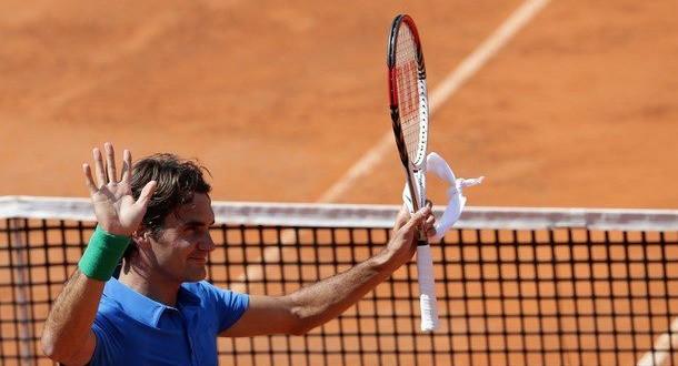 Federer defeats Berlocq