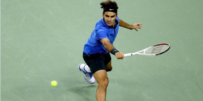 Federer Survives Wawrinka
