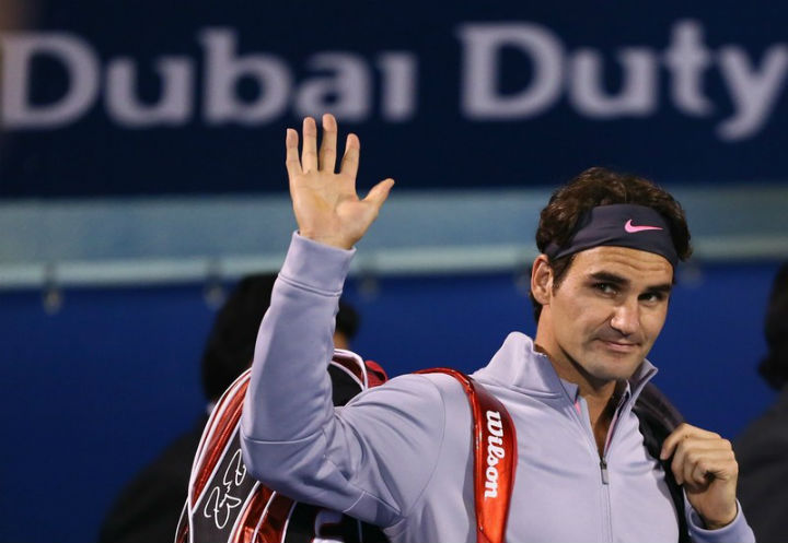 Federer Defeats Jaziri in Dubai