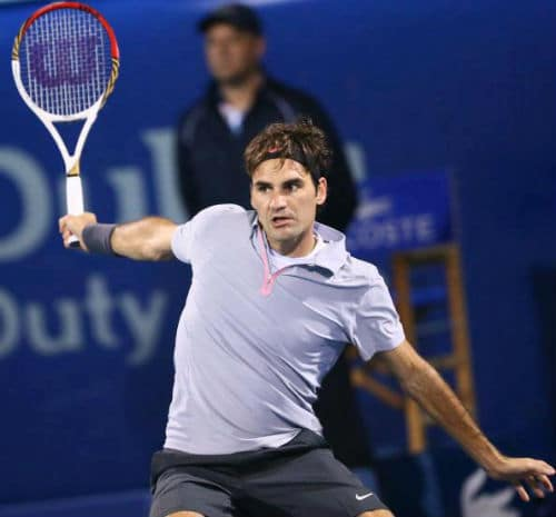 Federer in action vs Davydenko Dubai 2013