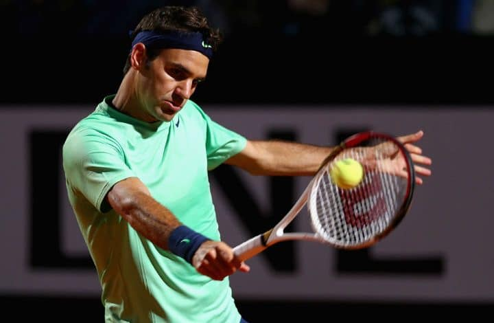 Federer defeats Paire in Rome