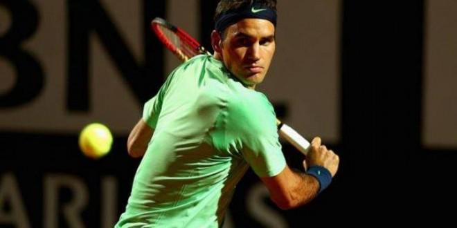 Federer defeats Simon in Rome