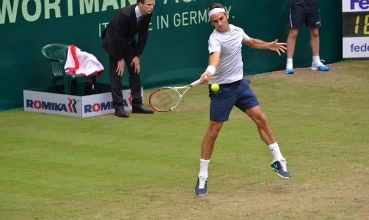 Federer defeats Stebe