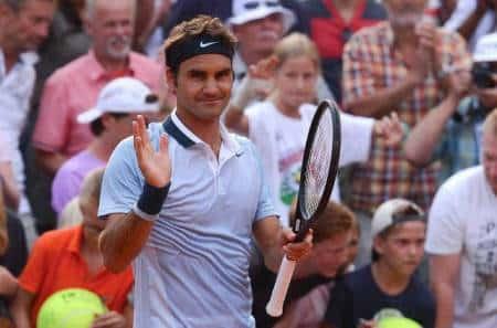 Federer Makes Quarters in Hamburg