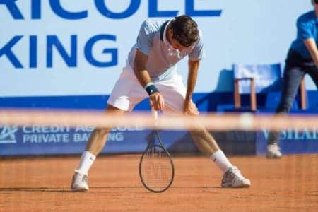 Federer Struggling in Gstaad