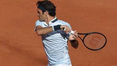 Federer defeats Brands