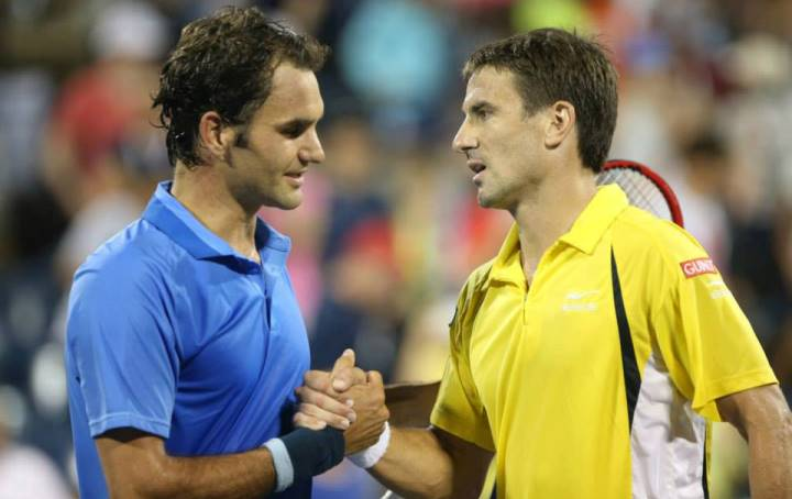 Robredo defeats Federer US Open