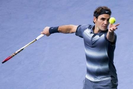 Federer Serving Bercy 2013