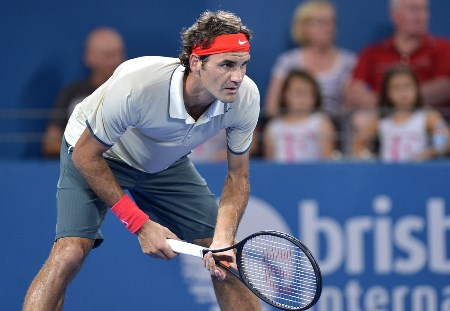 Federer Returning Serve Brisbane
