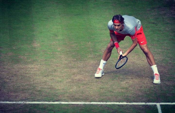Federer defeat Sousa Halle