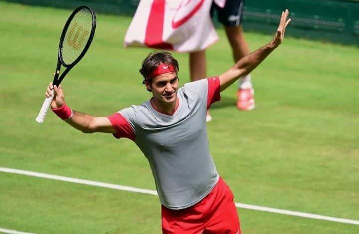 Federer into Final in Halle