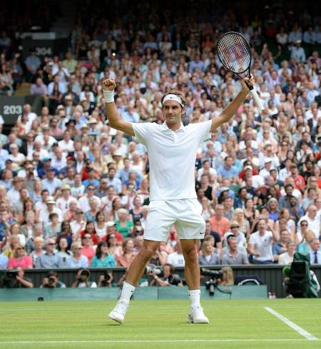 Federer into Wimbledon Final