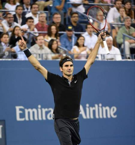 Federer Comes Back from 2 Sets Down