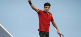 Federer Defeats Karlovic