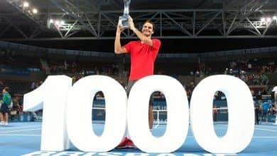 Federer Wins Brisbane 2015