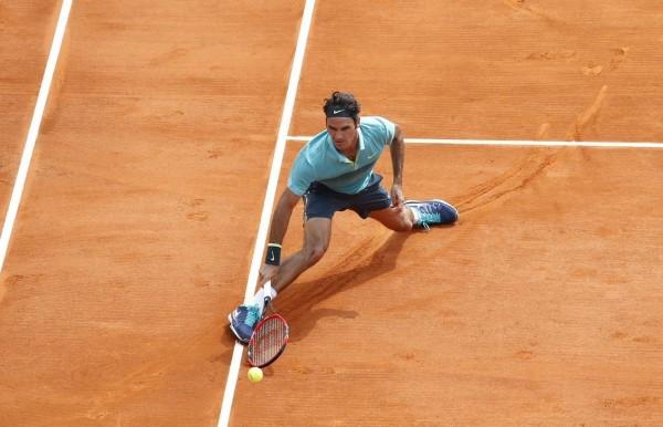 Federer Struggling Monte Carlo 2015