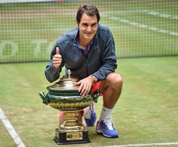 Federer Wins 8th Halle