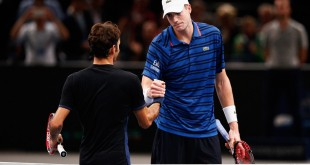Isner Defeats Federer Paris