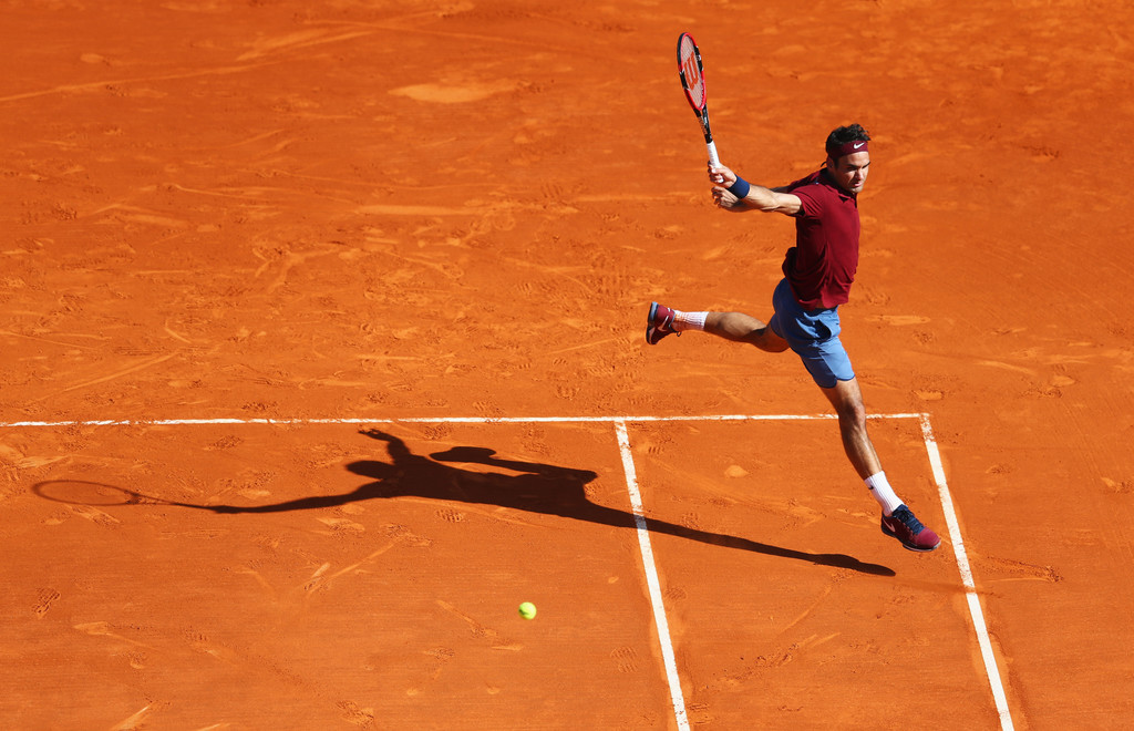 Photo of Tsonga Ends Federer's Monte Carlo Run with 3-6, 6-2, 7-5 Victory