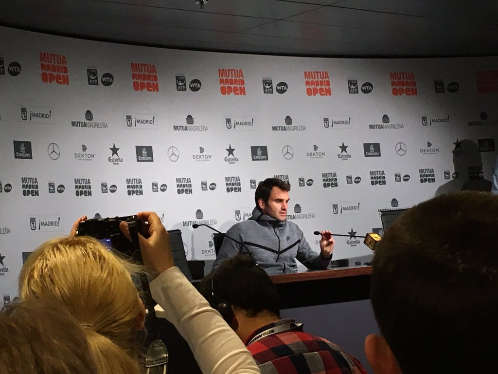 Photo of Federer Withdraws from Madrid With Back Injury