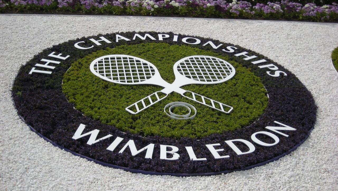 Federer Wimbledon Outfit 2016