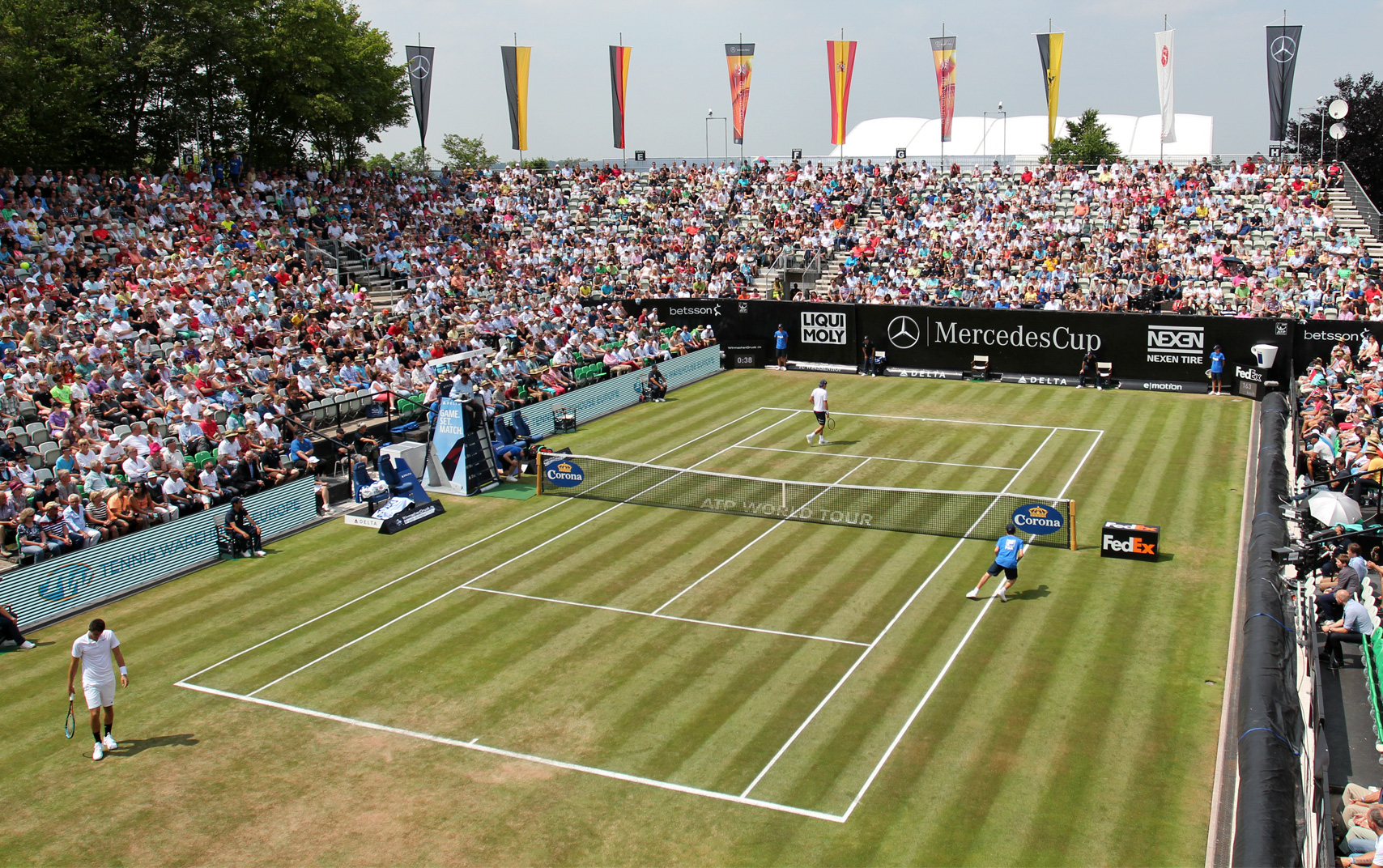 Photo of Back On The Grass: Stuttgart Draw 2016
