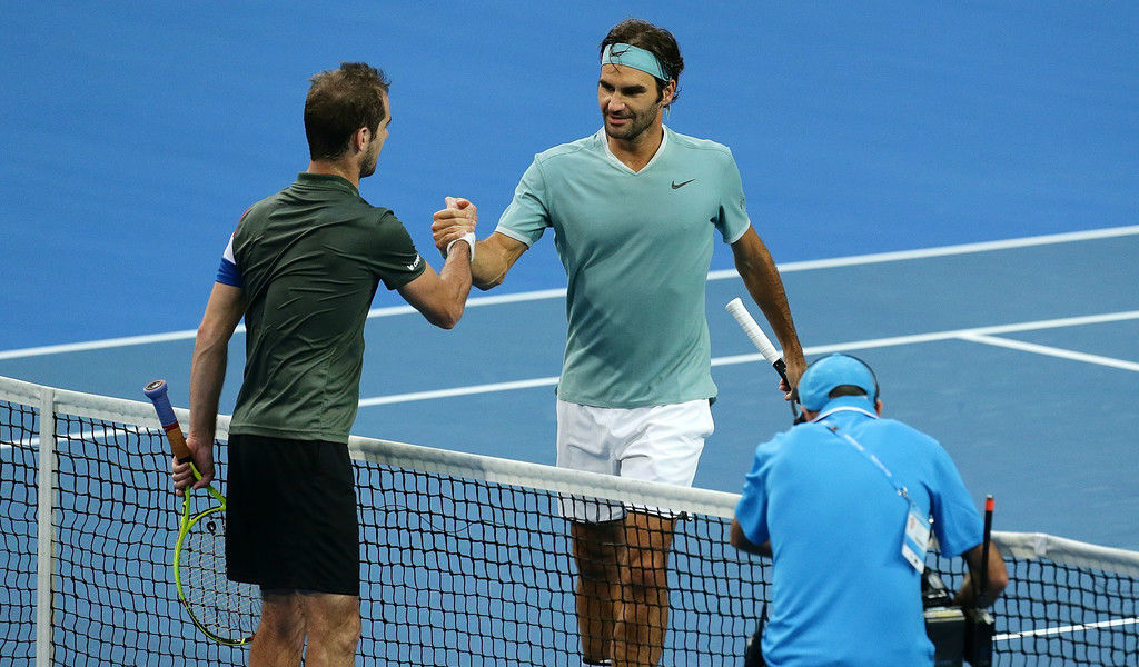 Photo of Federer Routs Gasquet in Perth