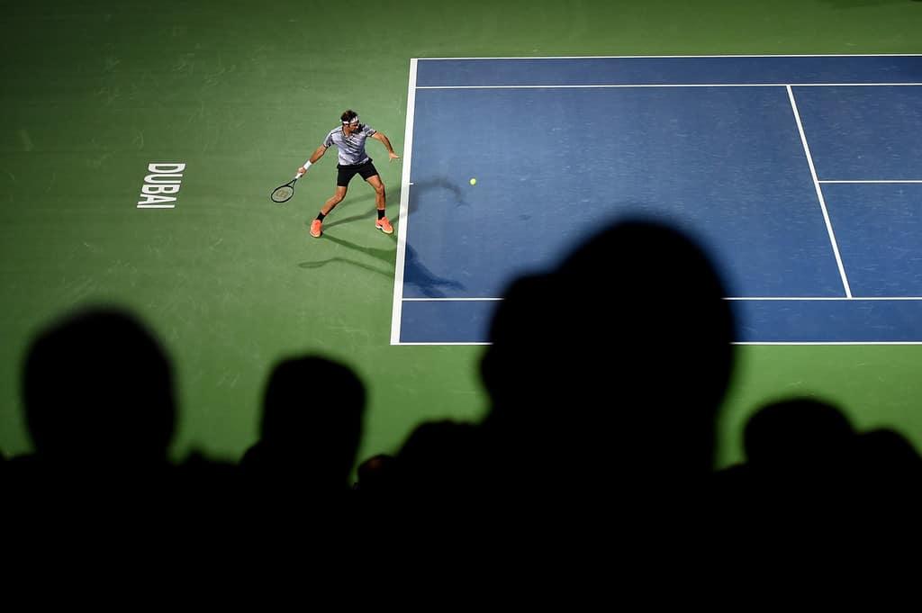 Photo of Federer Cruises Past Paire in Dubai Opener