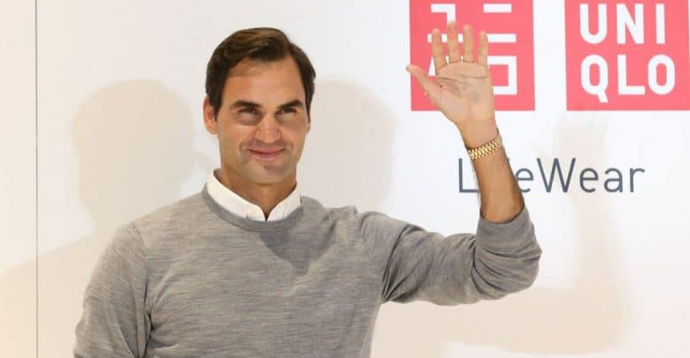 392ca87018a Roger Federer s Outfit for the Shanghai Masters and Basel 2018 ...