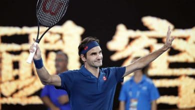 Photo of Federer Cruises into Round 2 in Melbourne