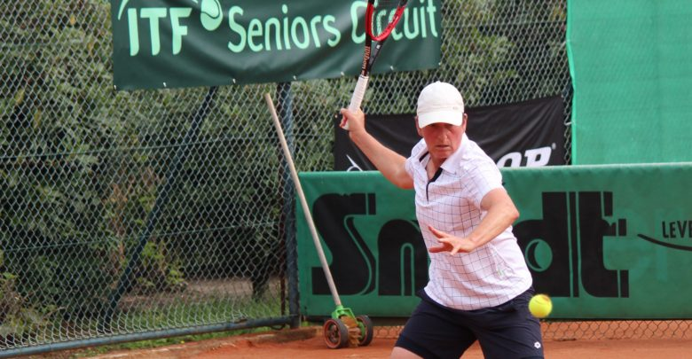 The Best Tennis Racquet for Senior Players - peRFect Tennis
