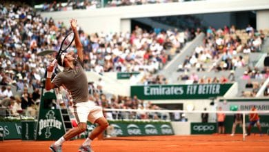 Photo of Federer Saunters Past Sonego in Roland Garros Return