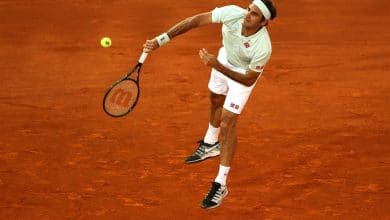 Photo of Federer Cruises Through in Madrid Clay Court Opener