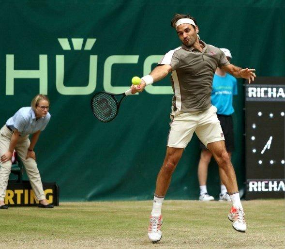 Federer Halle Tsonga 19