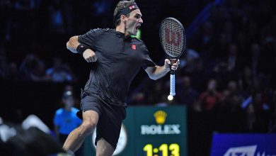 Photo of Vintage Federer Knocks Out Djokovic in London