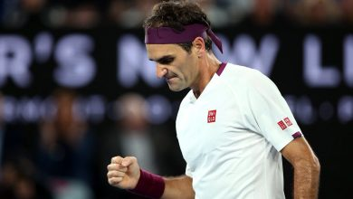Photo of Federer Finishes Fast To Fend Off Fucsovics in Australian Open Fourth Round