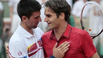 Photo of Roger Federer vs Novak Djokovic, French Open 2011