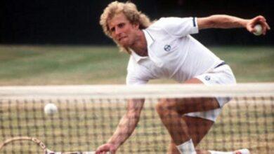 Photo of Bjorn Borg vs Vitas Gerulaitis Wimbledon Semi Final 1977