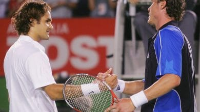 Photo of Roger Federer vs. Marat Safin Australian Open 2005