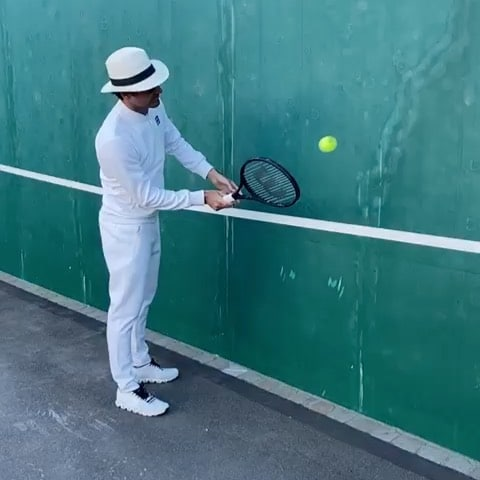 Federer Wall