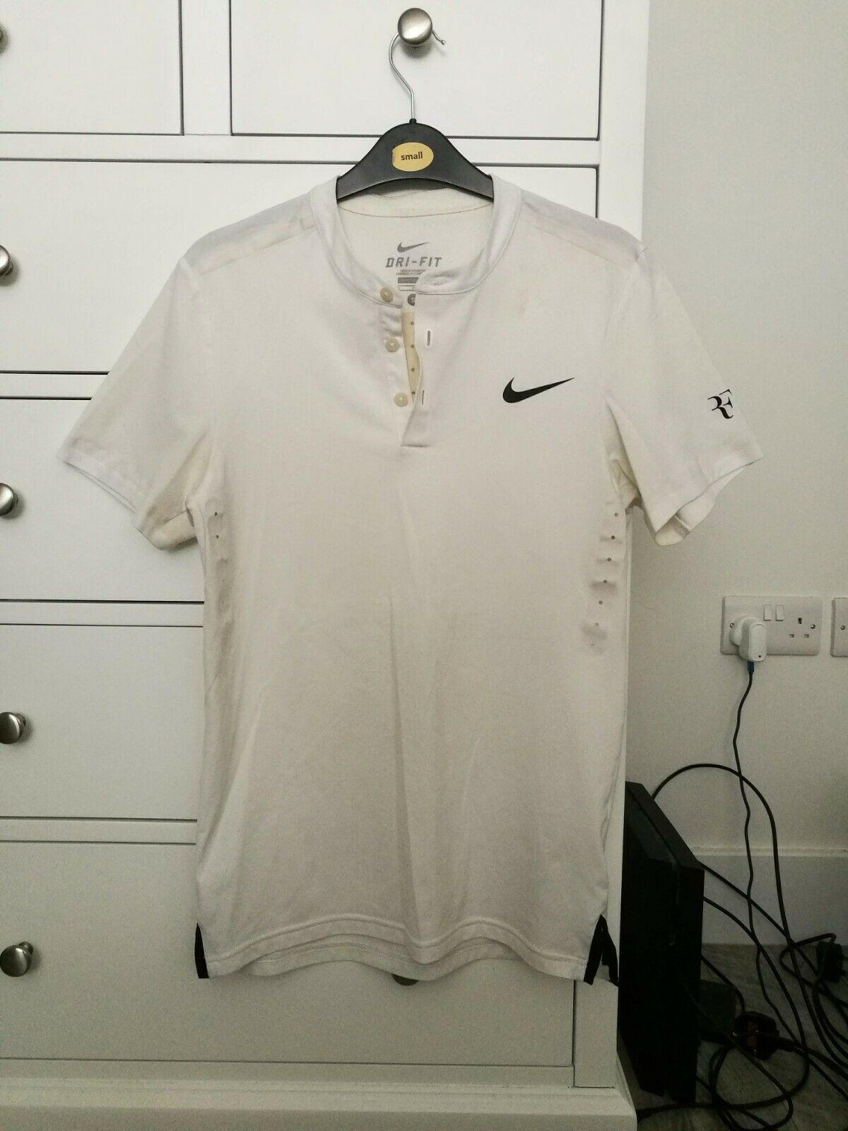 Fed Wimbledon 15