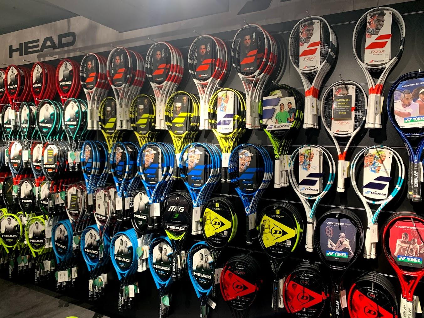 Racquet Wall