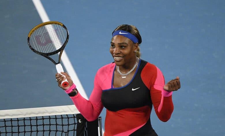 serena williams racquet