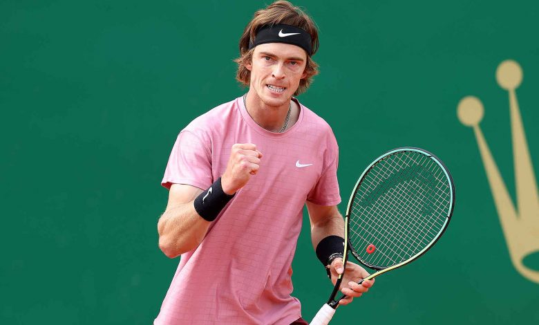 andrey rublev racquet